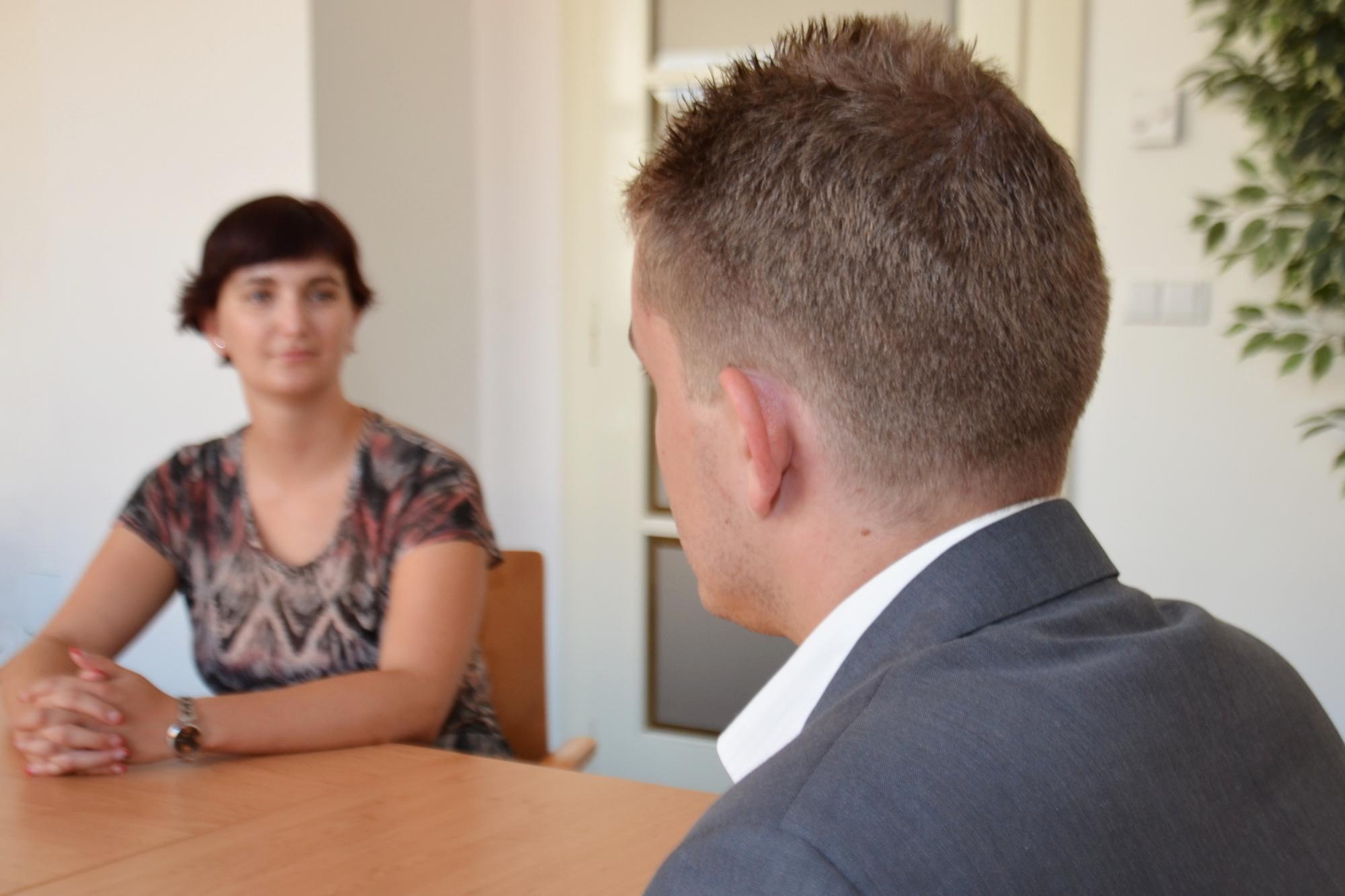 podnikatelka, manažerka, byznysmenka, pracovní pohovor, dohoda, jednání, zaměstnankyně, nadřízený, podřízená (ilustrační foto)
