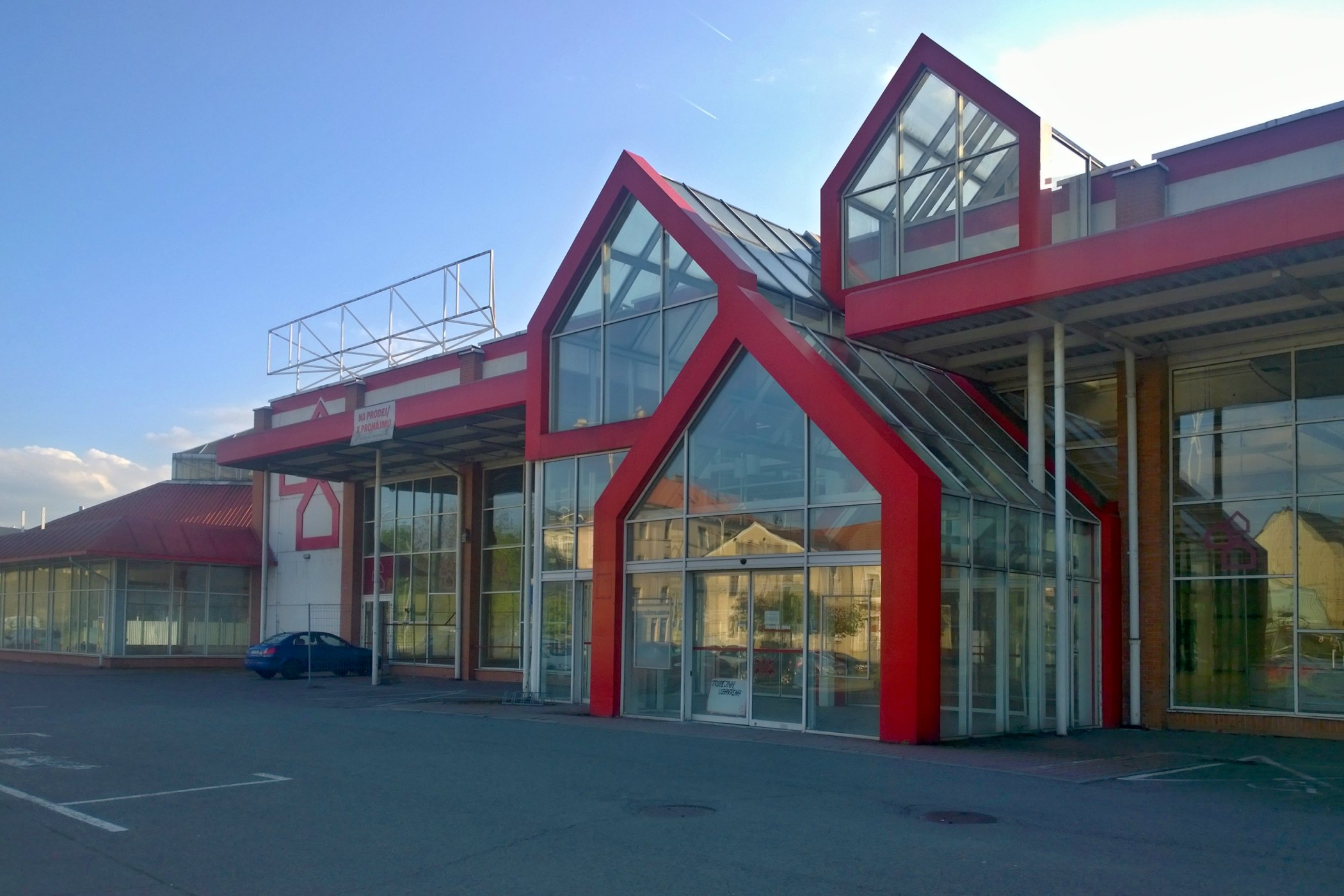 Opuštěný hobbymarket