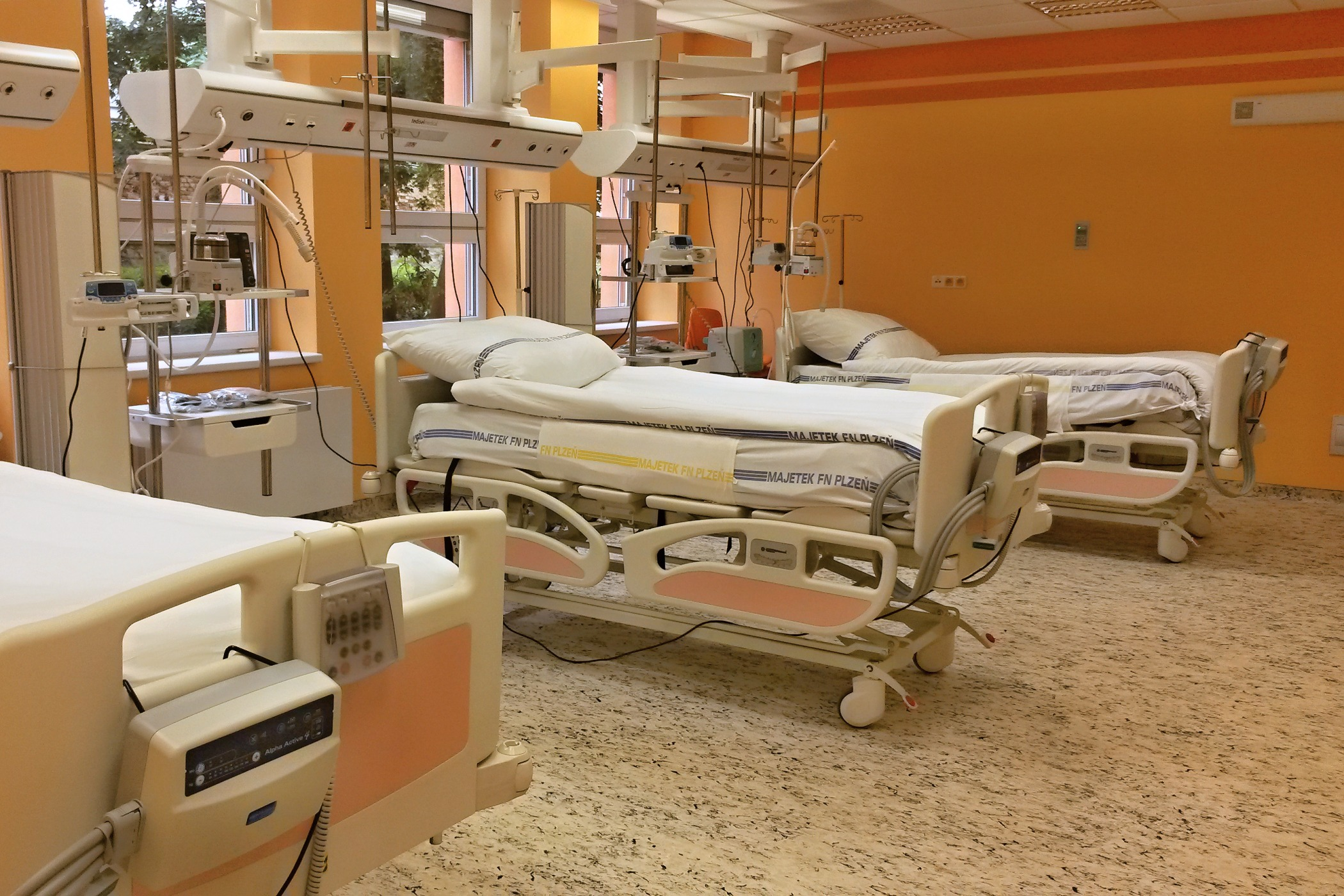 Nové pracoviště s deseti lůžky dlouhodobé intenzivní ošetřovatelské péče otevře od 1. září 2016