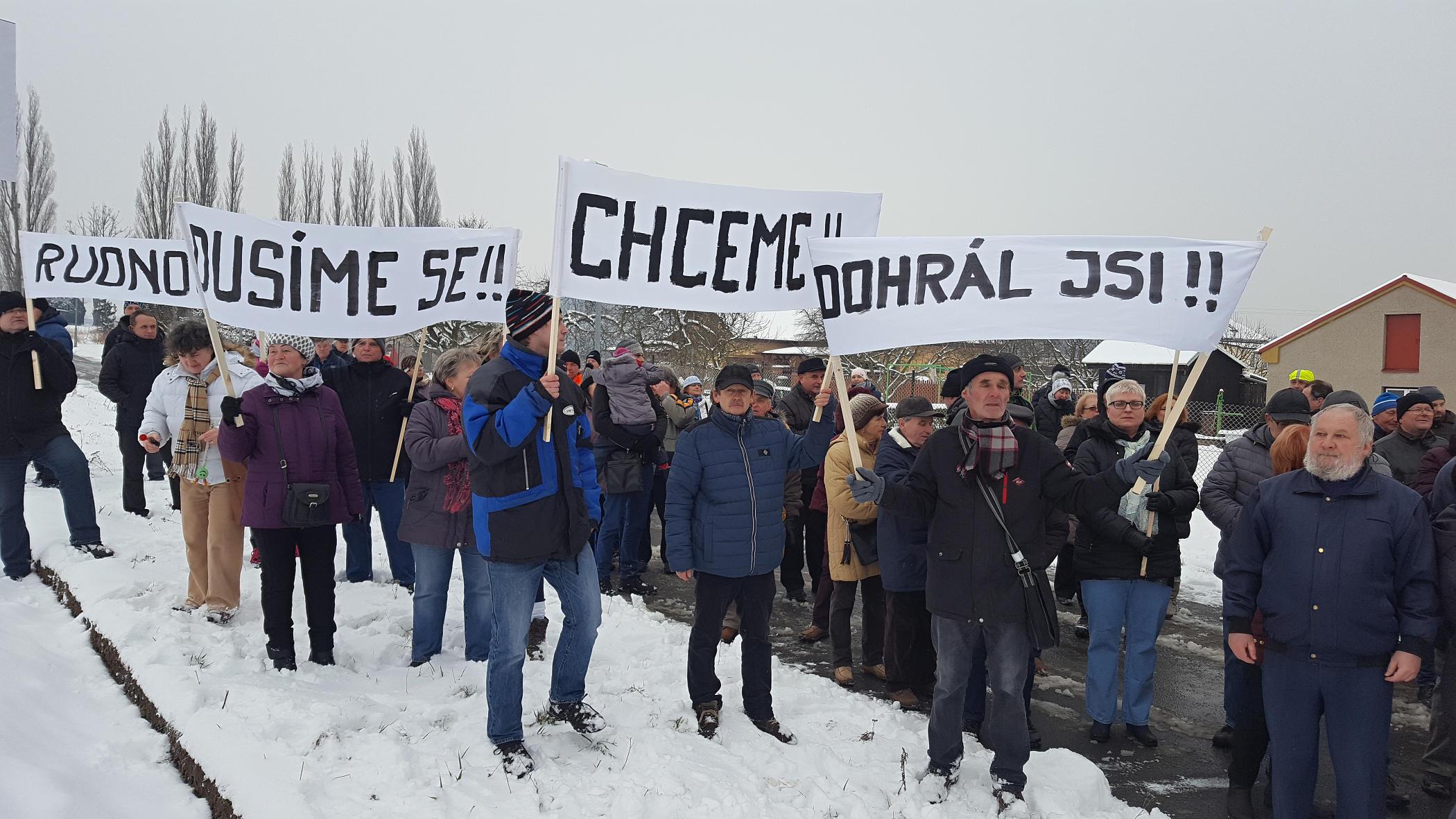 Protestní akci proti průtahům při stavbě výpadovky na Opavu