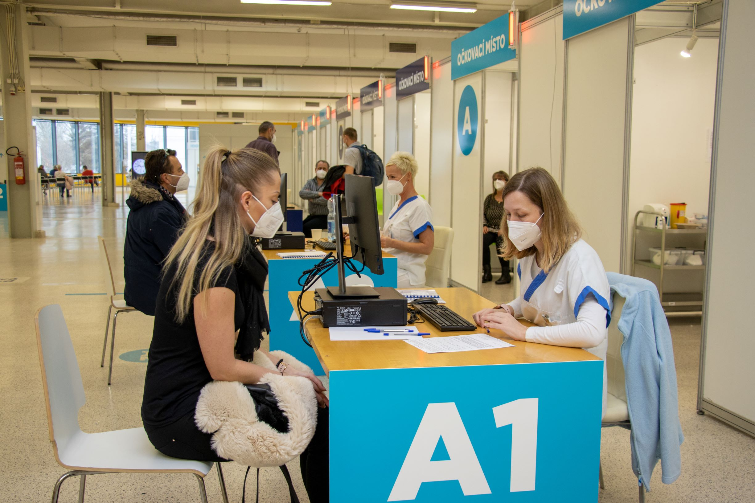 V Ostravě se otevřelo velkokapacitní očkovací centrum | Ostrava