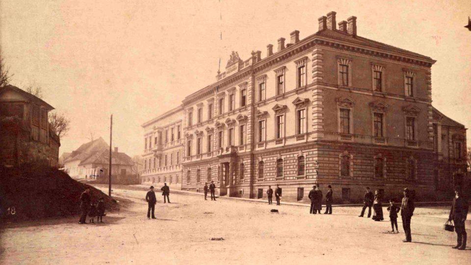 Krajský soud v Novém Jičíně po roce 1886 - A. Thiry