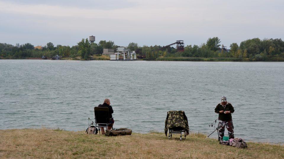 Kališovo jezero láká i rybáře