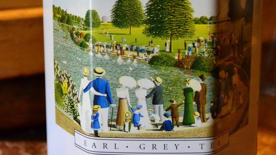 Dóza na čaj Earl Grey s klasickým motivem