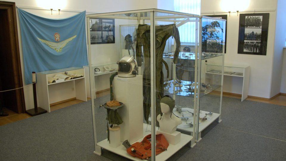 Výstava k 70 letům leteckých pluků v příborském muzeu