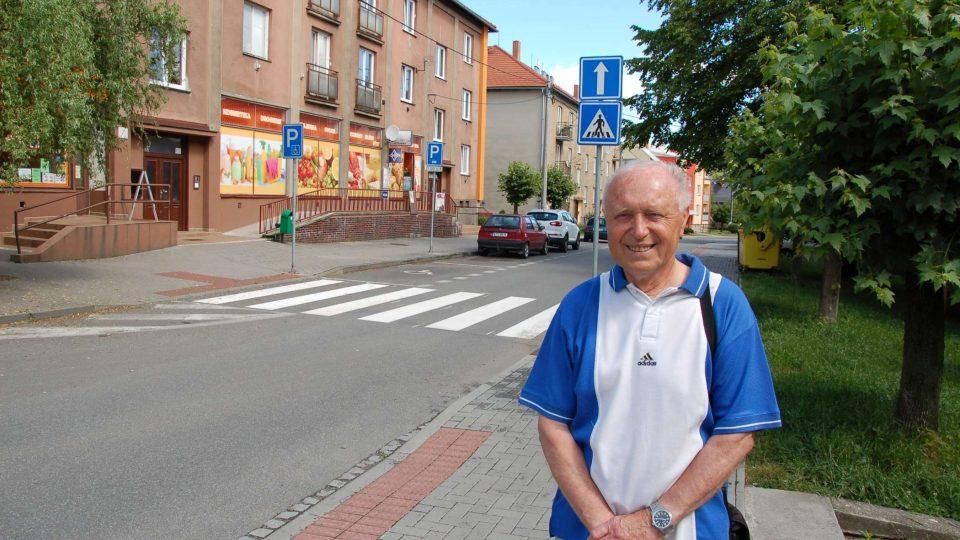 Jaroslav Janečka na vojenském sídlišti v Příboře