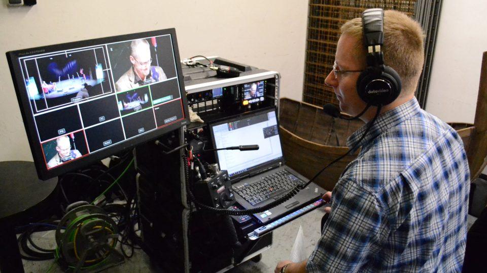Michal Pop a Studio107 zajišťuje video přenos na YouTube