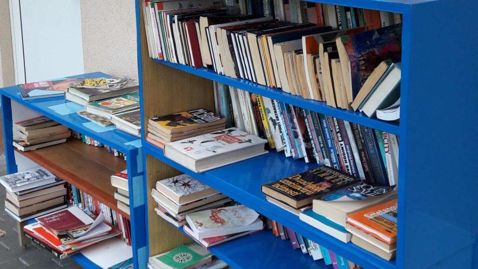 Půjčování knih a časopisů v areálu koupaliště