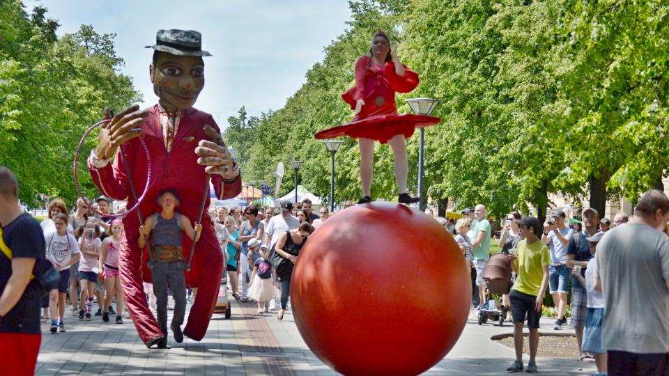 Cirkulum 2019, festival nového cirkusu a pouličního divadla