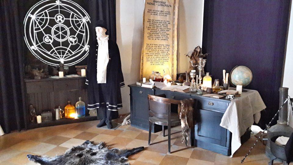 Dílna alchymisty Sendivoje na zámku v Kravařích