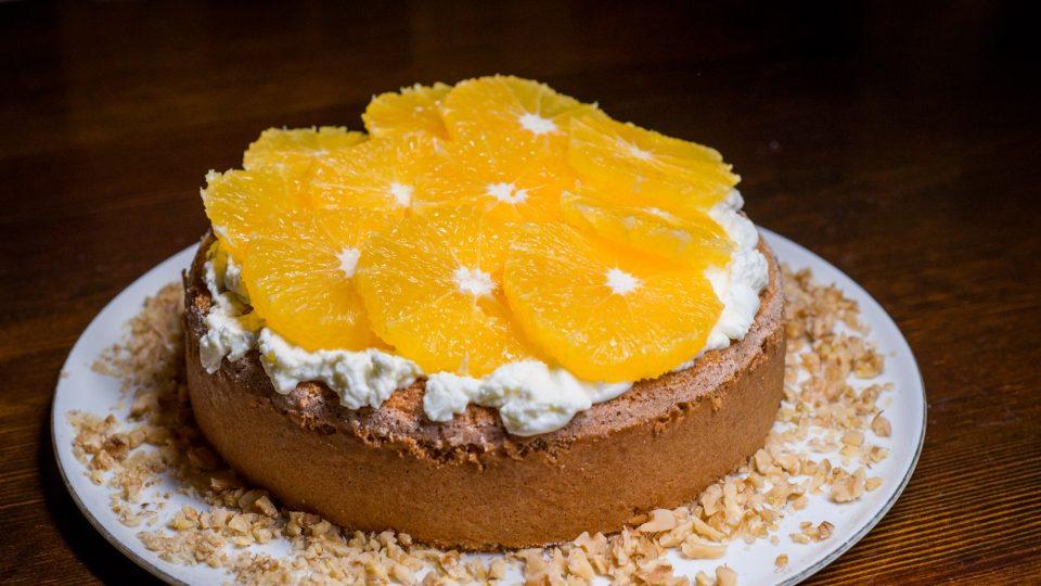 Lehký pomerančový dort