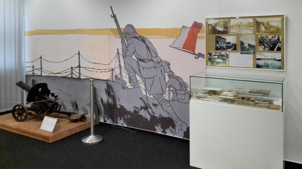 Na výstavě Neklidné hranice ve Výstavní síni v Orlové