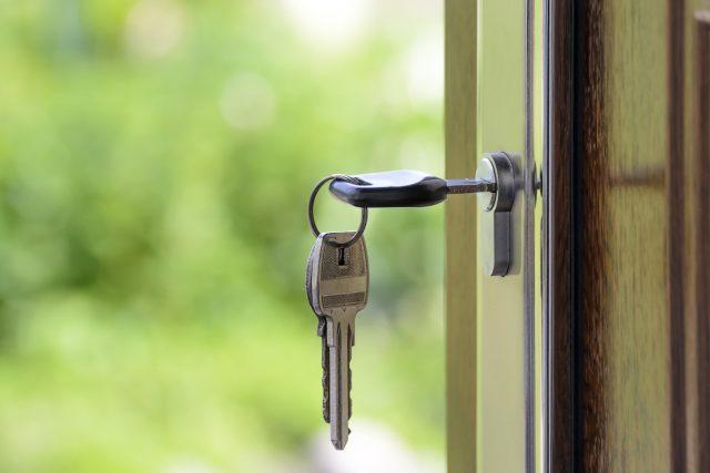 klíče, dveře, nemovitost