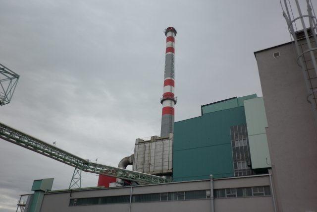Brněnská spalovna komunálních odpadů působí mohutným dojmem