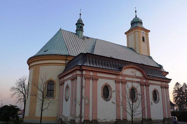 Kostel svatého Jana Nepomuckého ve Staré Bělé