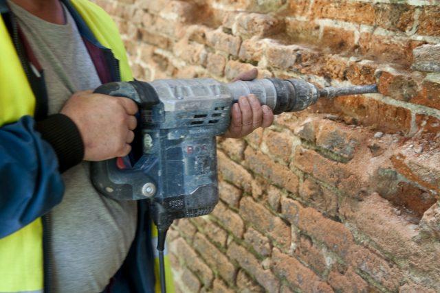 Dělník, řemeslník, práce, stavba, práce (ilustrační foto)