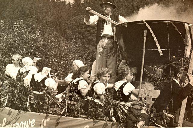 Hrádecký rynik se dochoval pouze na staré fotografii | foto:  Obec Hrádek