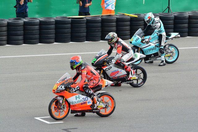 Mistrovství světa silničních motocyklů v Brně vrcholí nedělní trojicí závodů