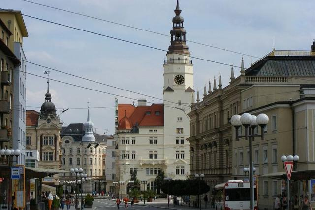 Opava, radnice v centru města
