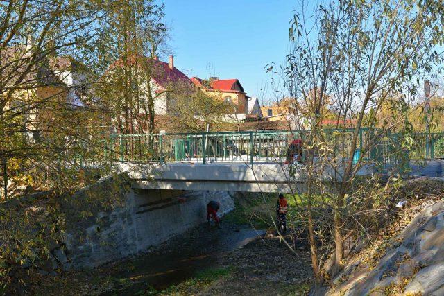 Zrekonstruovaný most přes Bílovku v Bílovci