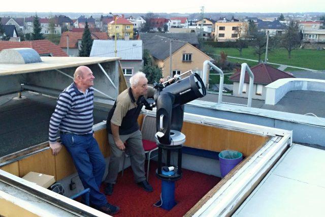 U astronomů na hvězdárně v Dolním Benešově