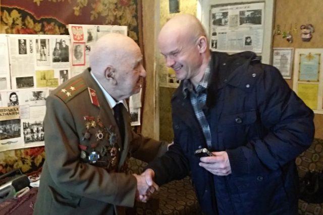 Plukovník Iraklij Levanovič Kandareli a redaktor Martin Knitl   foto: Martin Knitl,  Český rozhlas