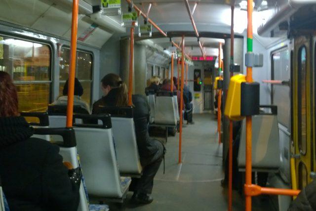 Cestování noční tramvají v Ostravě