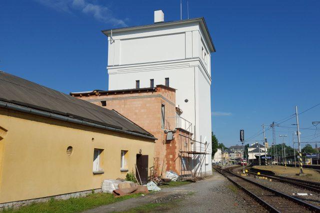 Nádražní vodárenská věž se mění ve výtvarné muzeum