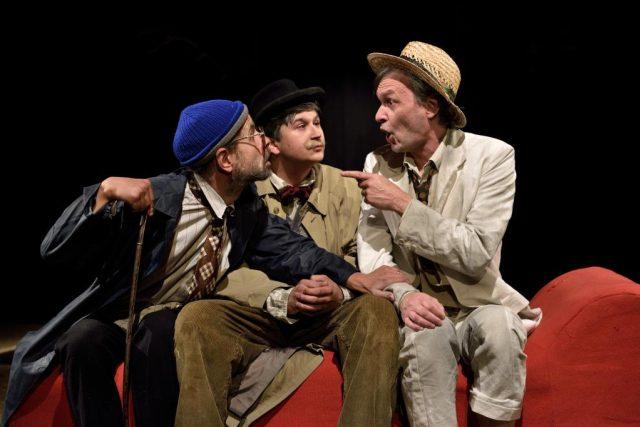 Komorní scéna Aréna: Lidská tragikomedie (Michal Čapka, Šimon Krupa, Marek Cisovský)