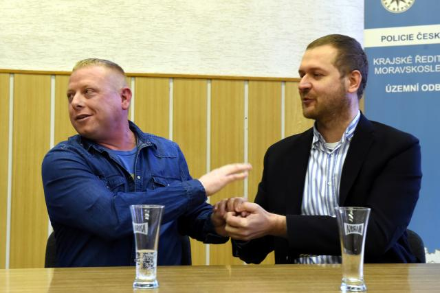 Martin Horňák, Gentleman silnic, společně s mužem, kterého zachránil