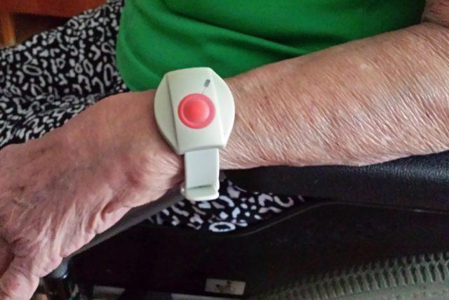 Senior tlačítko