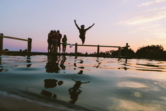 jezero - rybník - koupání - plavání