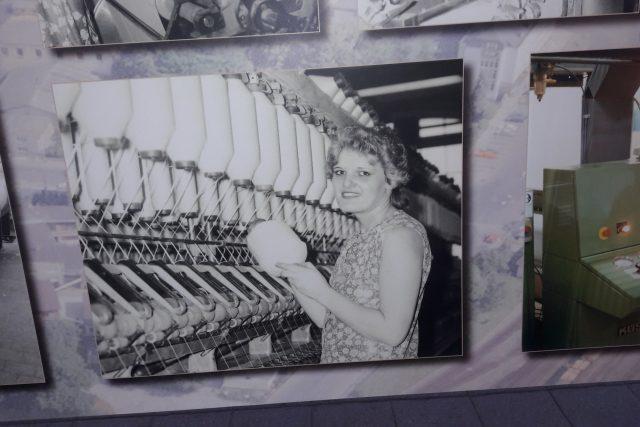 Součástí výstavy jsou fotografie zaměstnanců a provozů   foto: Iva Havlíčková,  Český rozhlas