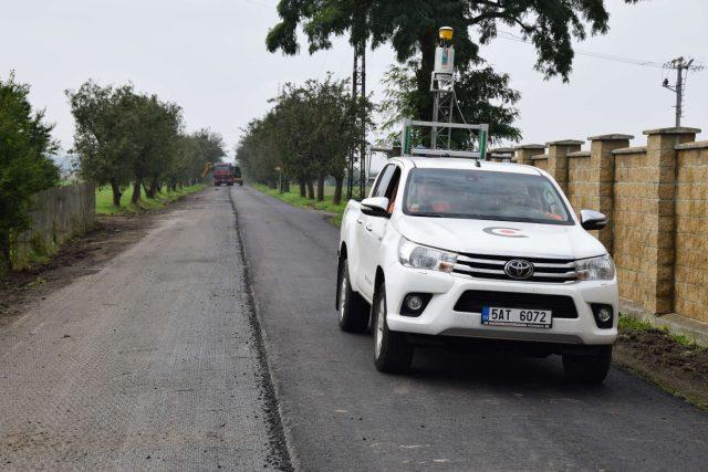Laserový skener na terénním autě