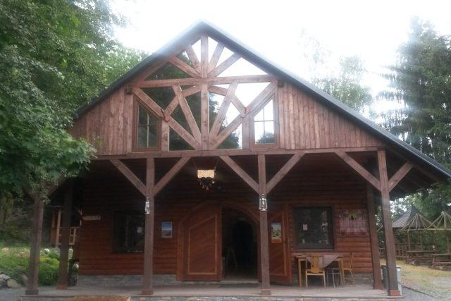 Muzeum bičů najdete ve westernově laděném kempu Indiana v Janovicích u Rýmařova
