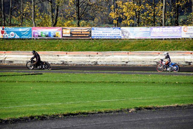 Plochá dráha na stadionu v Kopřivnici | foto: Michal Polášek