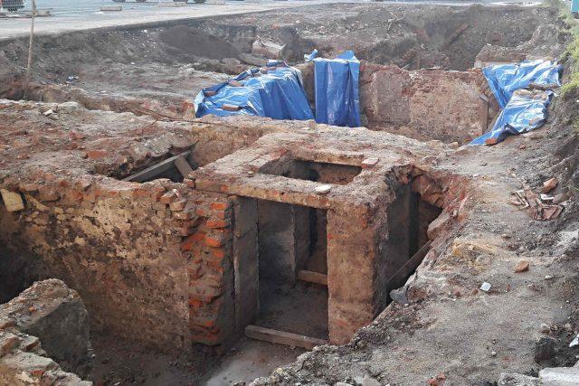 Sklepy z 16. až 18. století, které v centru Ostravy odkryli archeologové