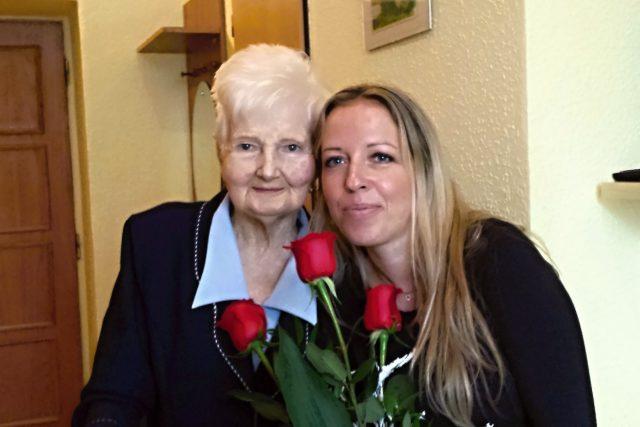 Bývalá učitelka hudby paní Ilona a Ježíškovo vnouče Jana Charvátová