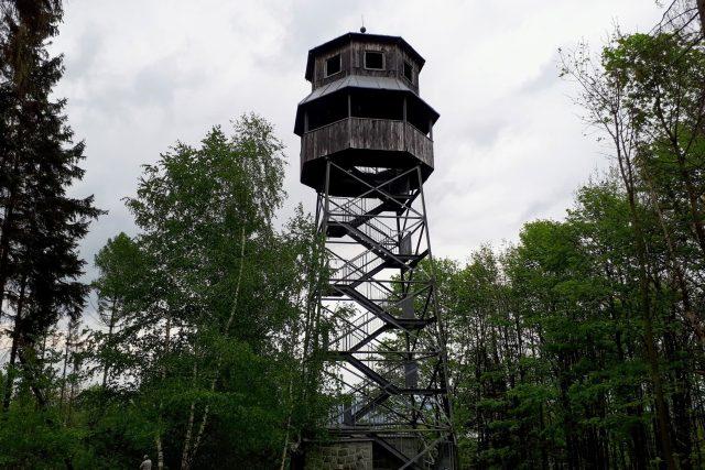 Rozhledna Panarama v Chlebovicích se tyčí do výšky 23 metrů