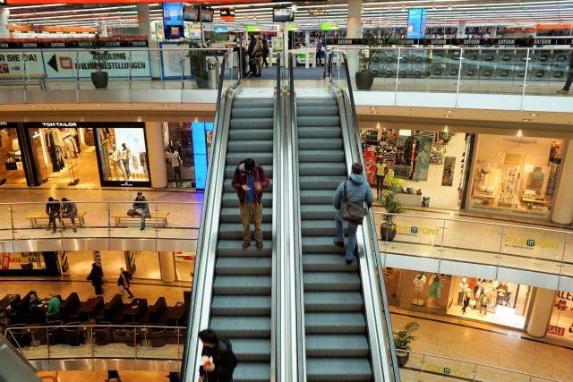 Obchodní centrum,  nákupy,  ilustrační foto | foto: Fotobanka Pixabay