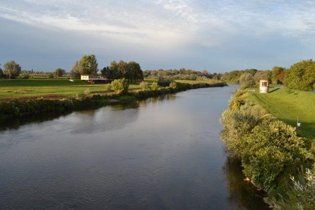 Řeka Odra na česko-polské hranici v Bohumíně
