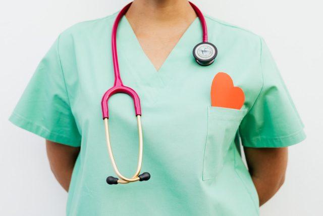 Sestry v záloze propojují volné kapacity zdravotních sester se zdravotnickými zařízeními