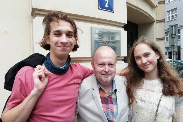 Projekt Student v lese. Zleva: Jan Šmíd, Ivan Sekanina,Sofie Glacová