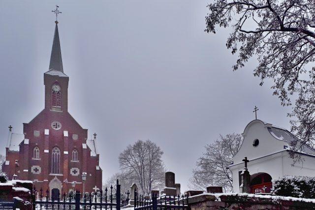 Novogotický kostel Nanebevzetí Panny Marie v Liptani na Osoblažsku