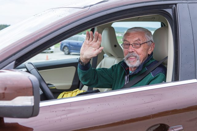 Specifika řízení motorových vozidel ve starším věku  (ilustrační foto) | foto: Jedu s dobou - www.jedusdobou.cz