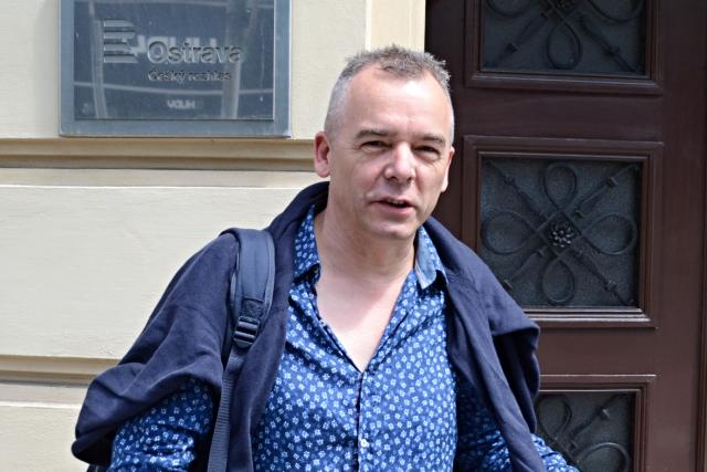 Divadelní režisér Peter Gábor