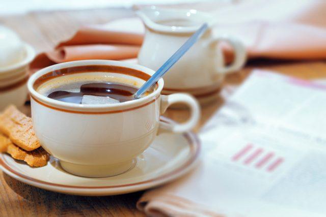 Šálek kávy (ilustrační foto)