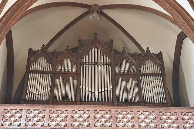 Zrekonstruované varhany v kravařském kostele sv. Bartoloměje | foto: Martin Knitl,  Český rozhlas