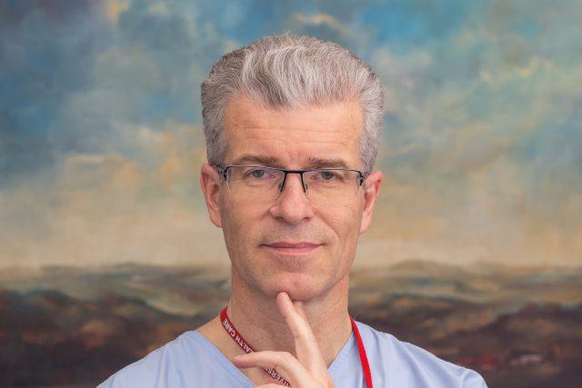 Primář kardiovaskulárního odd. FNO Marian Branny