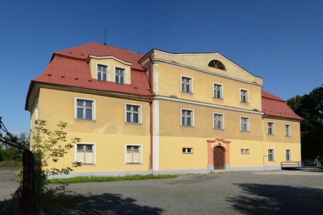 Budova zámku v Oldřišově